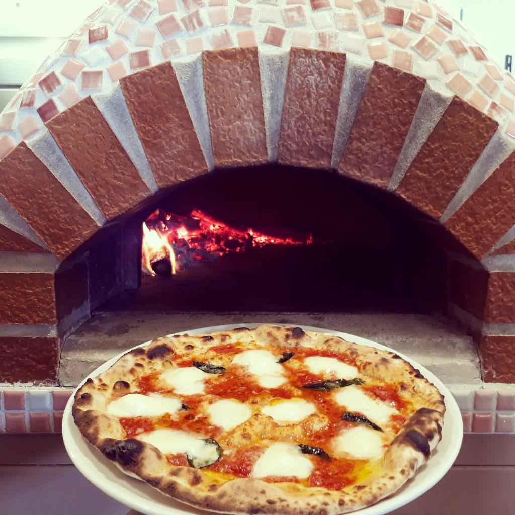 kanasashipizza2